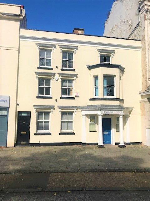 Warwick Row