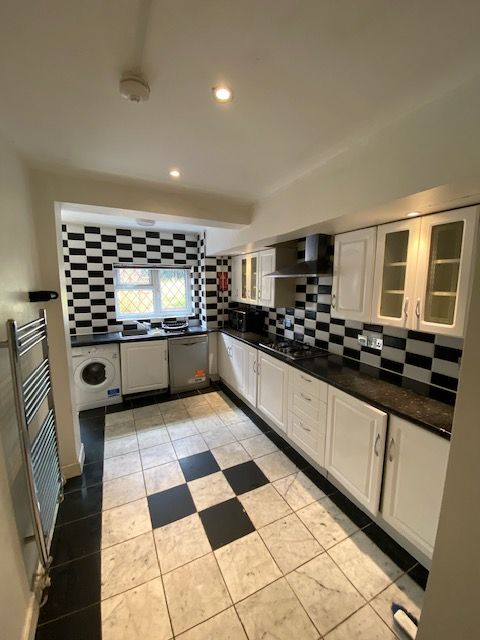 Room 4, Strathmore Avenue, Coventry