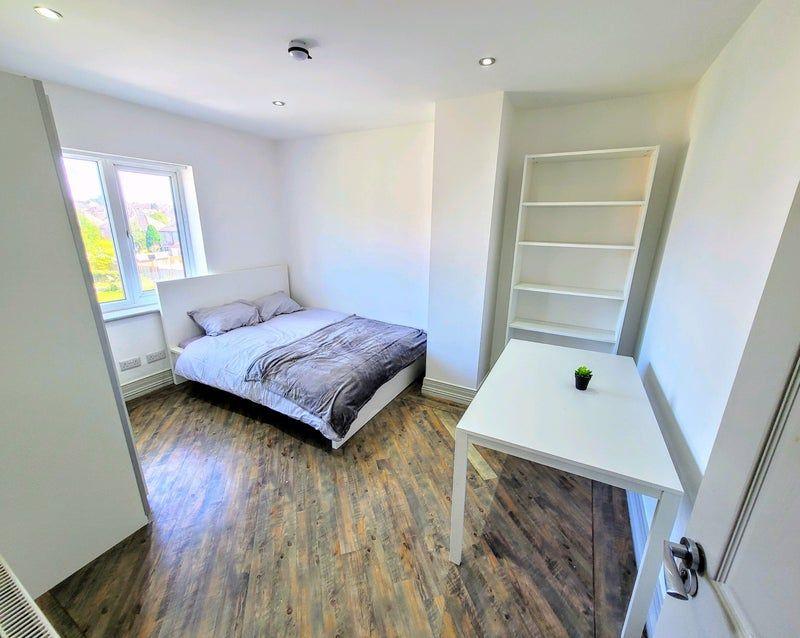 Room 1, Quinton Park, Coventry
